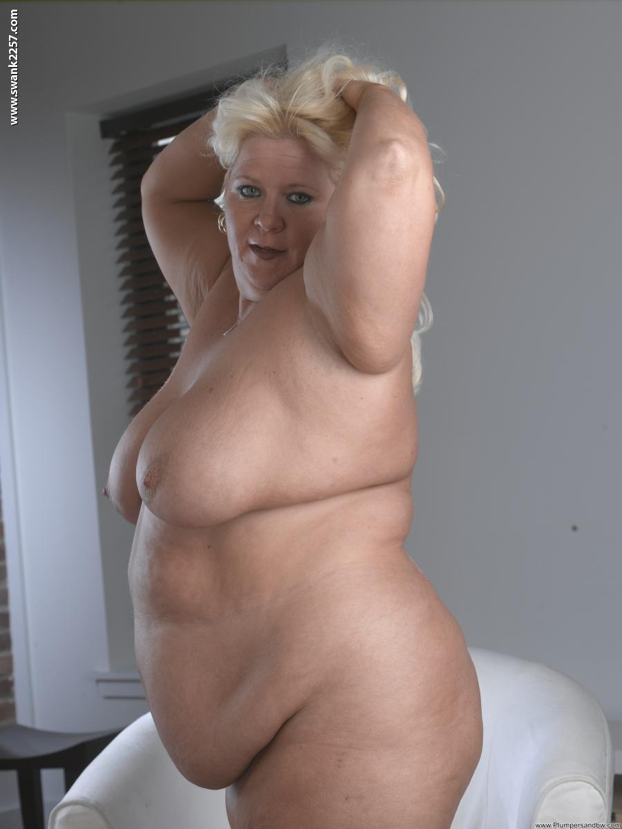 Фото голых толстых зрелых бабушек 19 фотография
