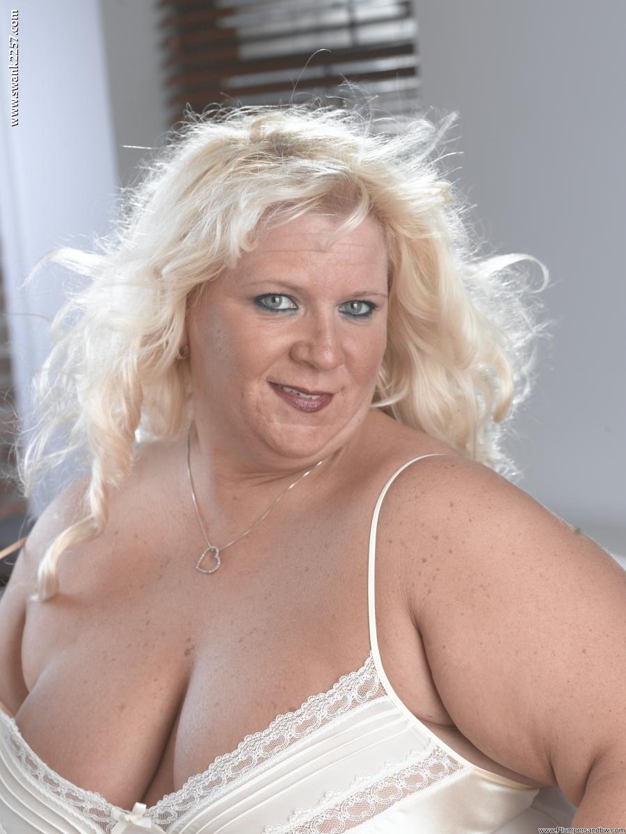 Фото толстых сексуальных блондинок 22 фотография