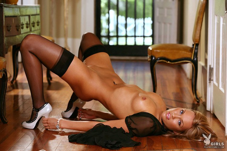 erotika-video-modeli-v-chulkah