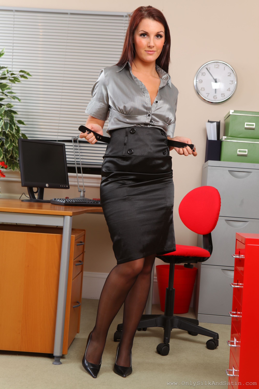 секретарши с буферами есть стандартная подготовка