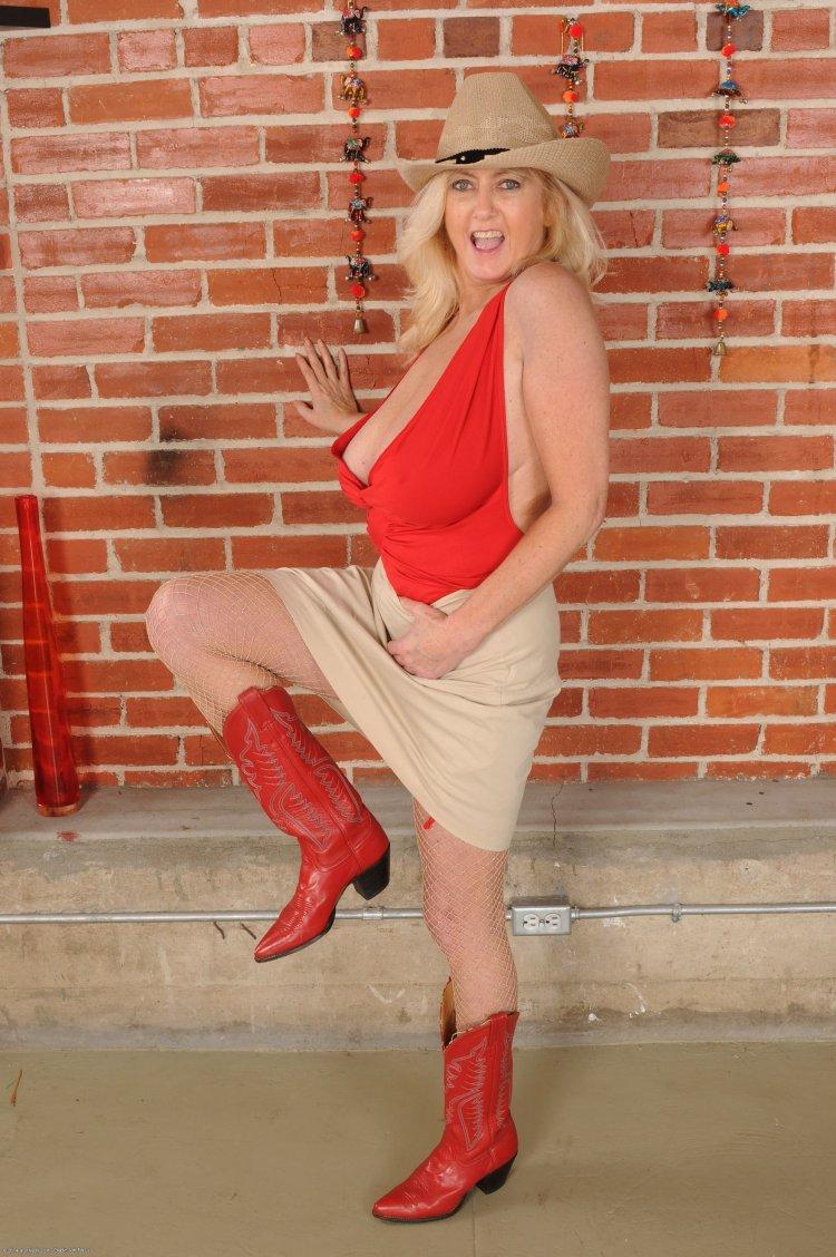 Порно фото Alysa Gap
