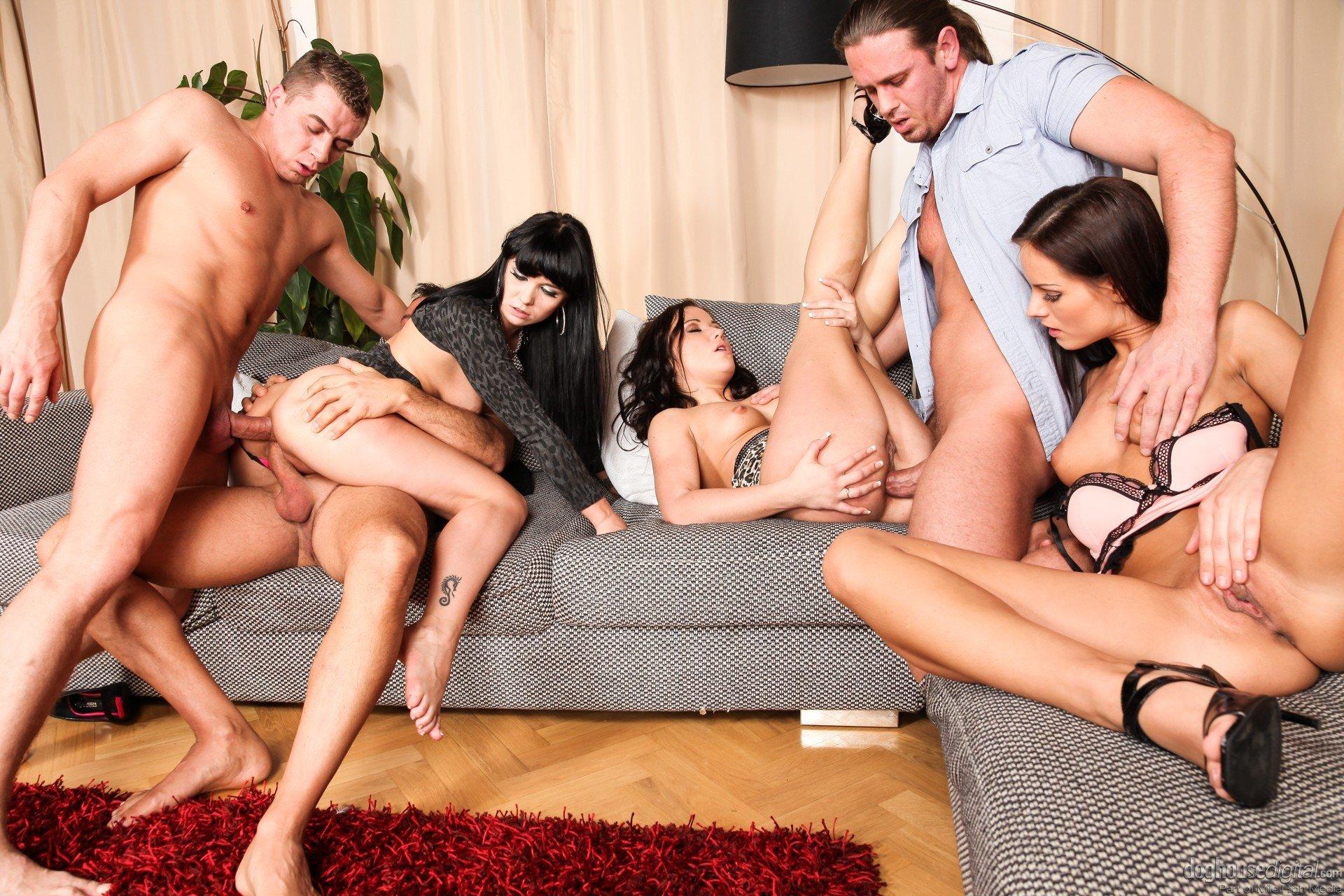 Смотреть Новое Групповое Порно Бесплатно