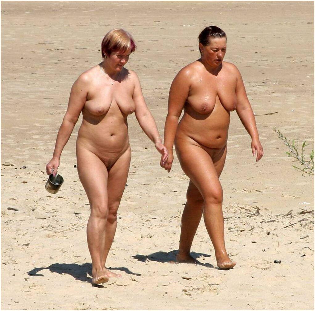 Толстые Нудисты