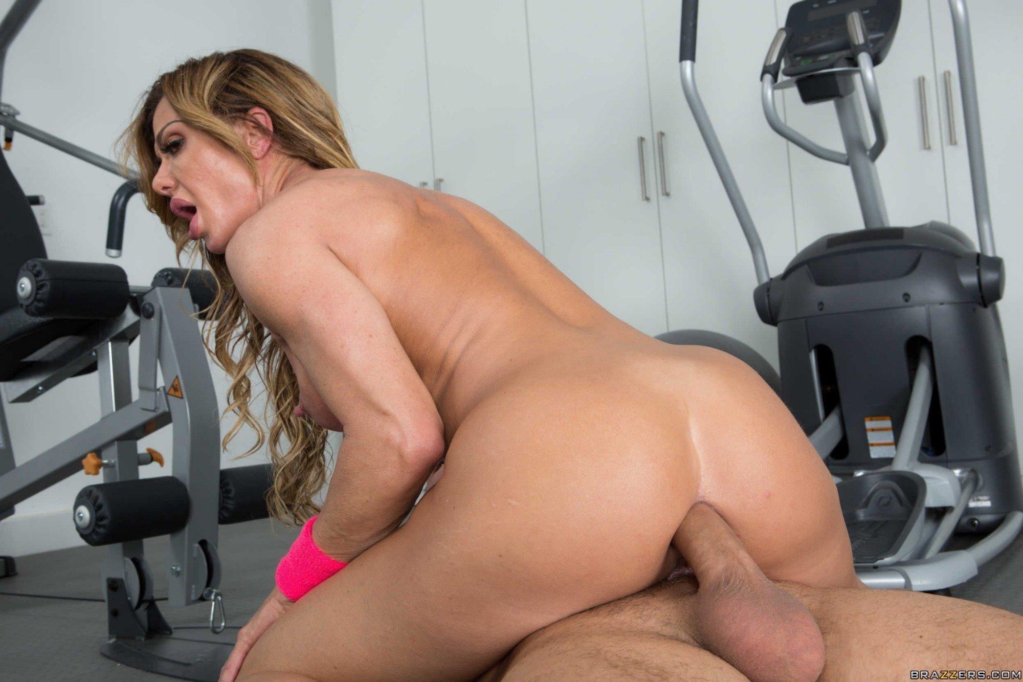 Толстая девушка перепихнулась с личным фитнес-тренером порно фото бесплатно