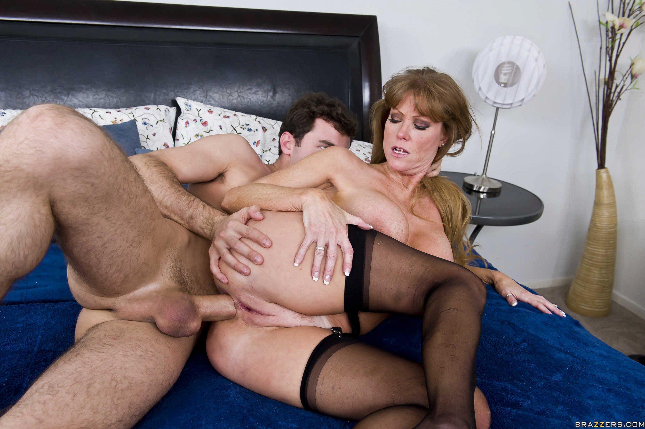 Секс Со Зрелыми Видео Онлайн