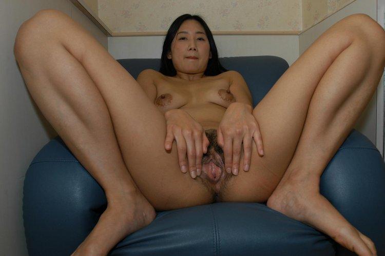 Мамочки азиатки (53 фото)