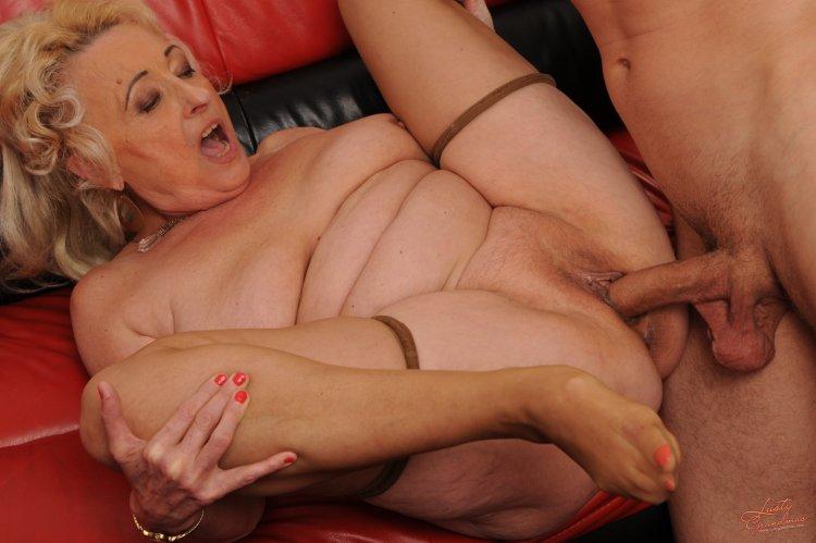 Порно со зрелыми старухами (62 фото)