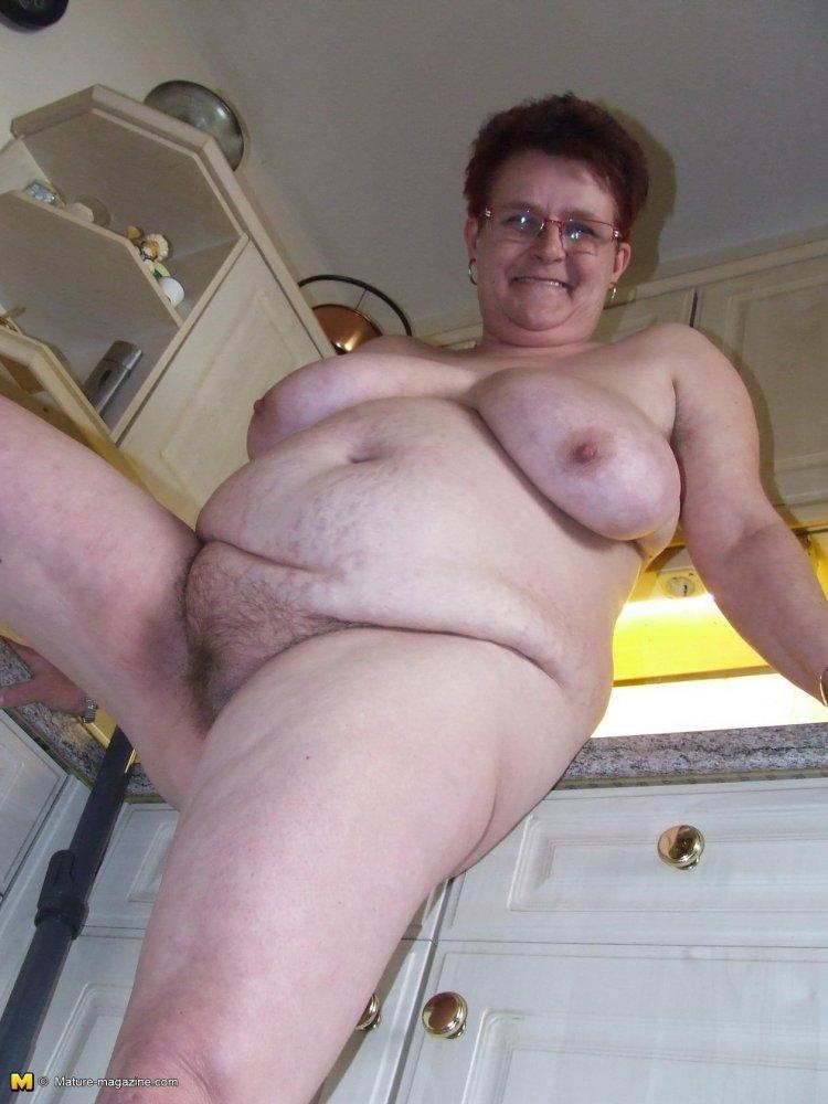 Старые толстые бабы голышом (42 фото)