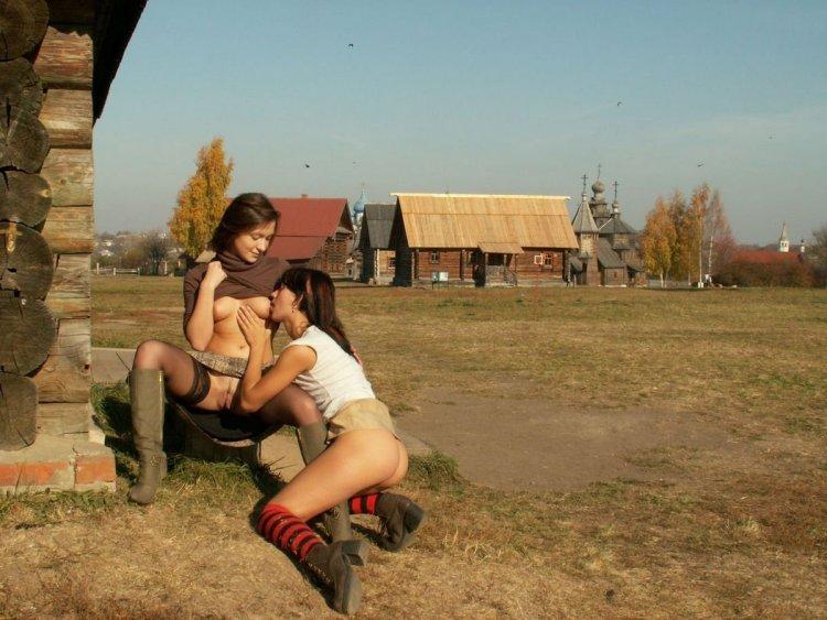 Деревенские давалки (56 фото)