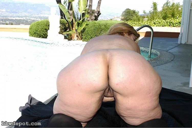 Голые жирные жопы (50 фото)