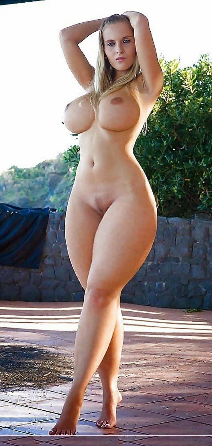 Голые женщины с широким тазом (69 фото)