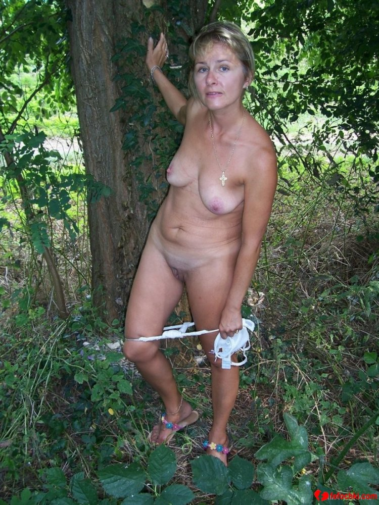Мамки в лесу (85 фото)
