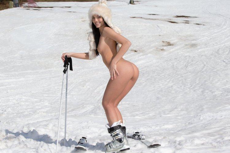 Трахи на льду (81 фото)