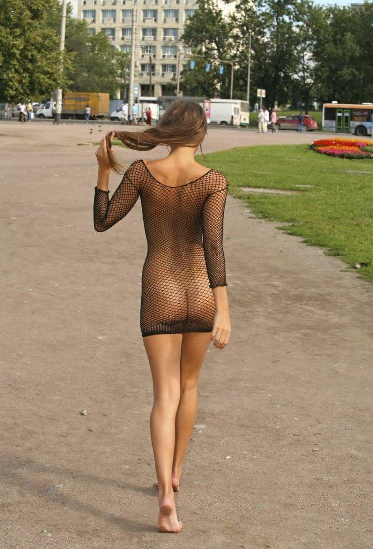 Просвечивающееся платье (78 фото)