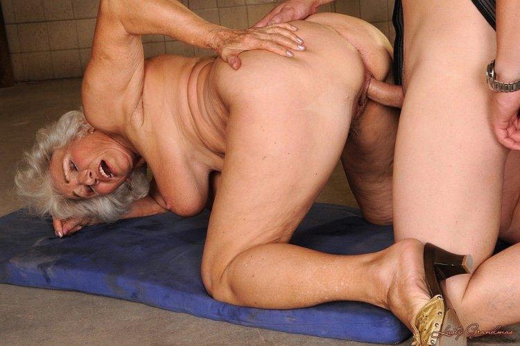 Пожилые сексуальные женщины (70 фото)