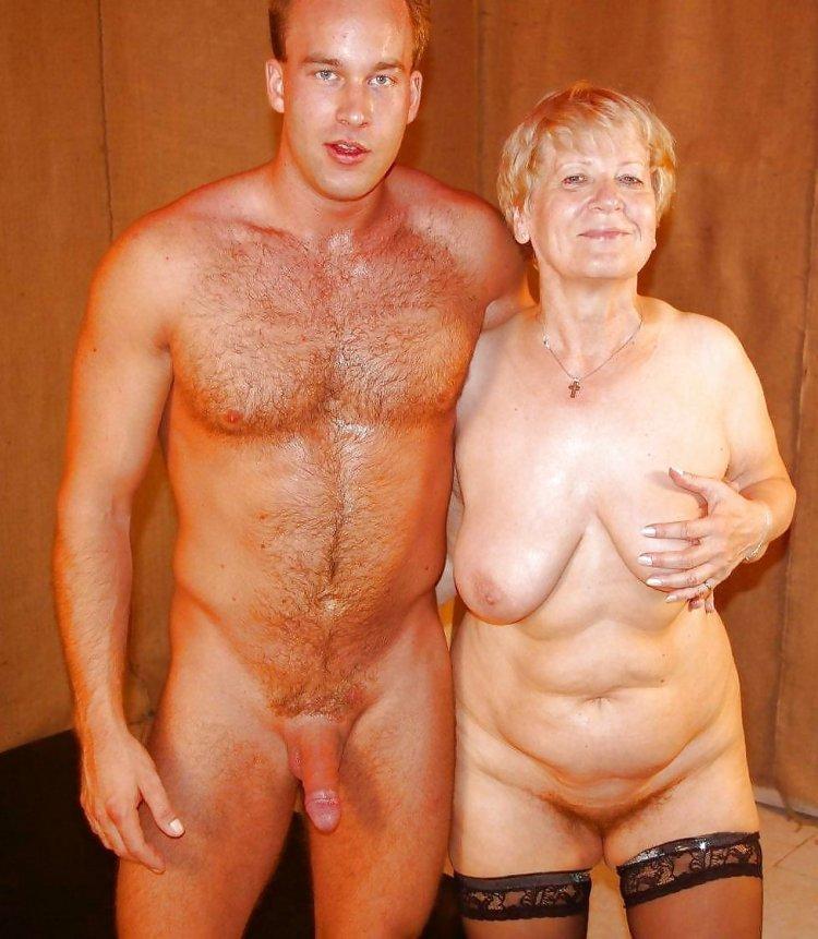 Голые бабушки в бане (79 фото)