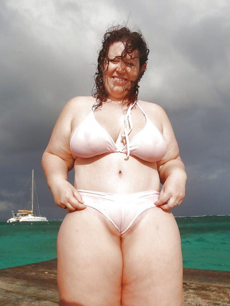Толстые бабы в купальниках (80 фото)